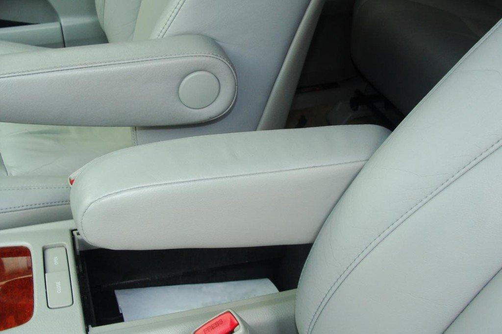 Результат реставрации водительского сидения в Lexus RX 330