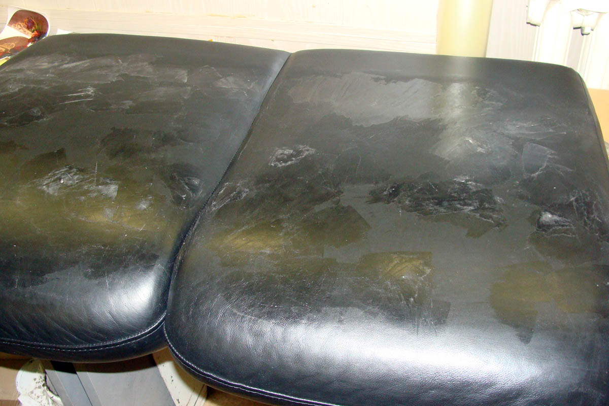 Ремонт царапин на кожаном диване